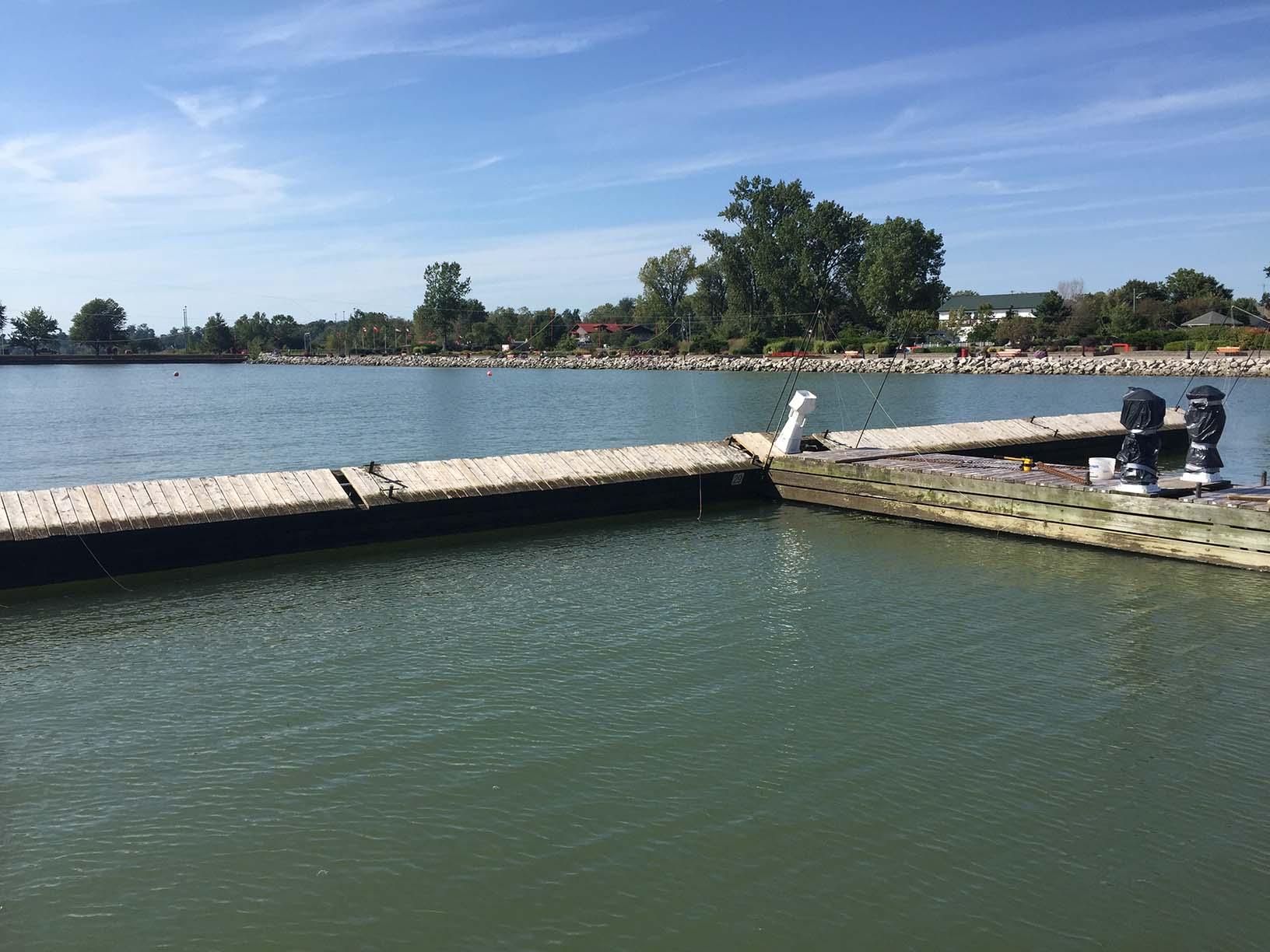 Pulling broken dock together
